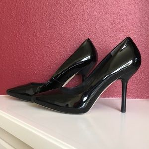 Via Spiga Size 11 Black Patent Heels with box
